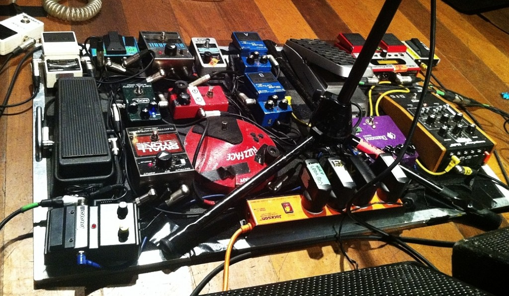 dobry pedalboard